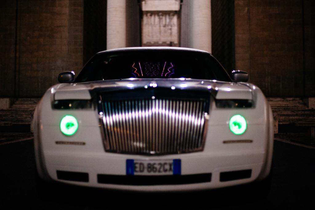 chrysler-300c-limousine